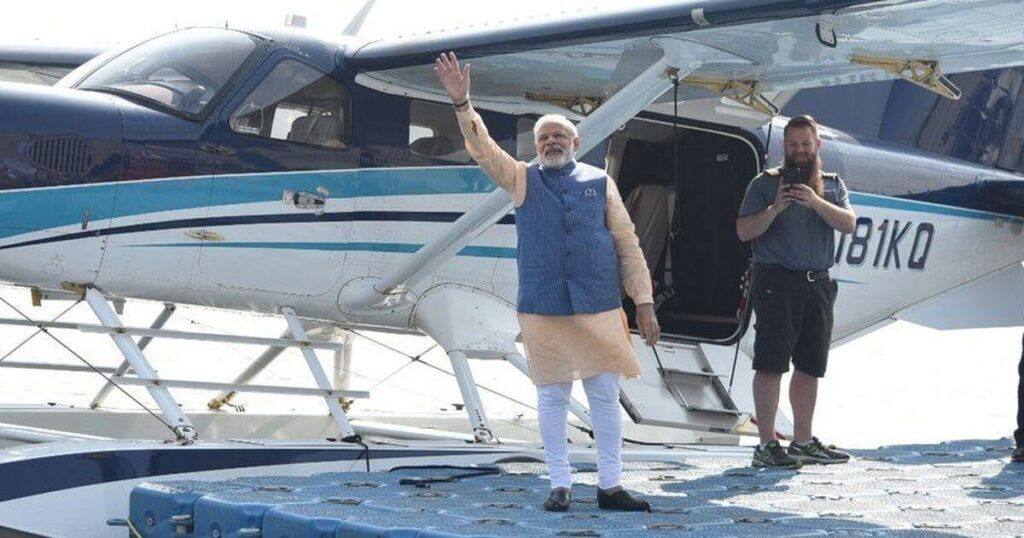 Seaplane service between Sabarmati Riverfront and Statue of Unity